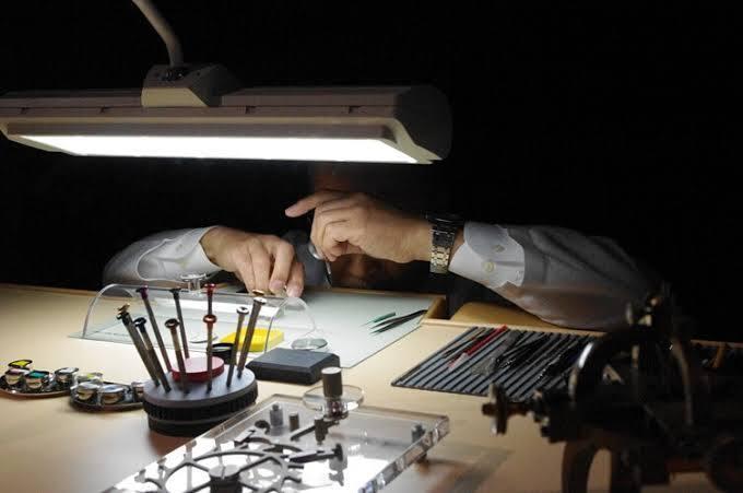 時計修理カリキュラム売ります 時計修理カリキュラム売ります。