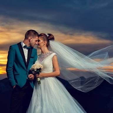 格安プロ仕様!結婚イベントサプライズ動画作成します サプライズで動画を作りたいけどどうすれば?そんな方にオススメ イメージ1