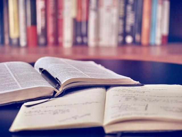 今のあなたの悩みを解決するオススメ本を選びます 年間100冊以上の読書家が今のあなたにピッタリの本を厳選! イメージ1