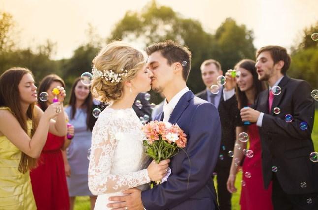 お洒落な結婚式ムービー制作いたします 納得の行く素敵な動画を制作させていただきます。