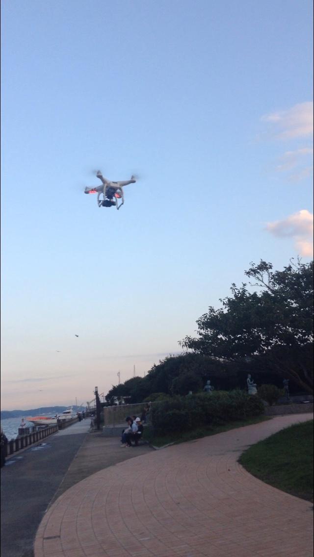 あなたのために空撮ドローンを飛ばします。
