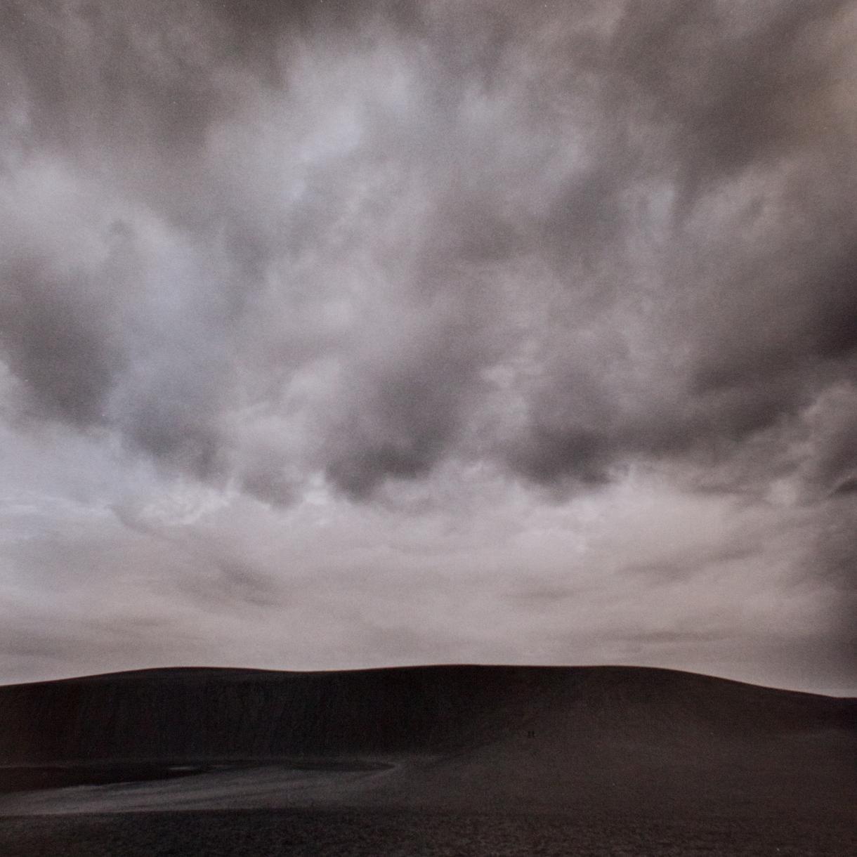 鳥取砂丘のモロクロ写真を販売します フィルムスカメラで撮影し、スキャンしたものです