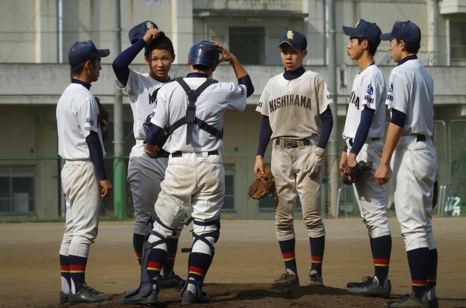 打撃不振の方、これから高校野球を始めるにあたって不安な方、アドバイスをさせていただきます。