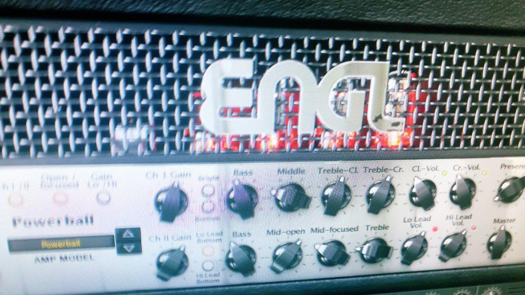 ミックス、マスタリング致します V系、Rock、歌ってみたを得意とし、流通音源も手掛けてます