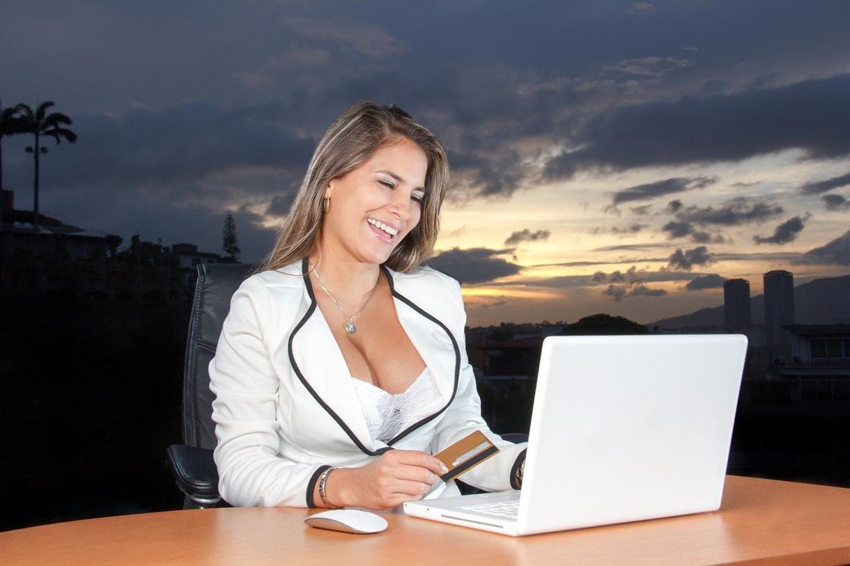 ウェブサイトの作成をします ~お客様と一緒に寄り添うをモットーに仕事に取り組みます~ イメージ1