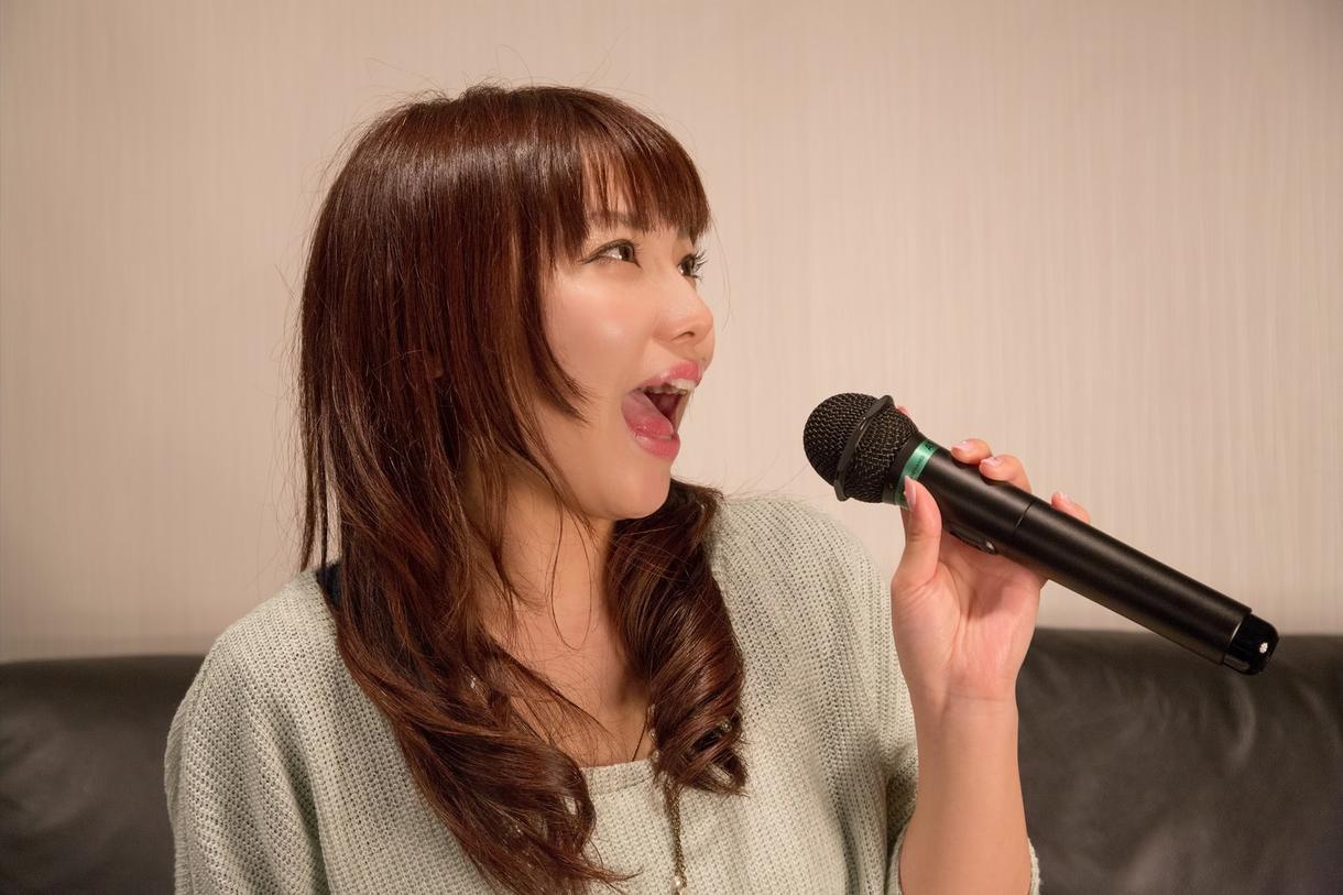 一人カラオケの料金を無料にする裏技を教えます 歌がうまくなりたい/カラオケ好き/ボイトレをお求めのあなたに