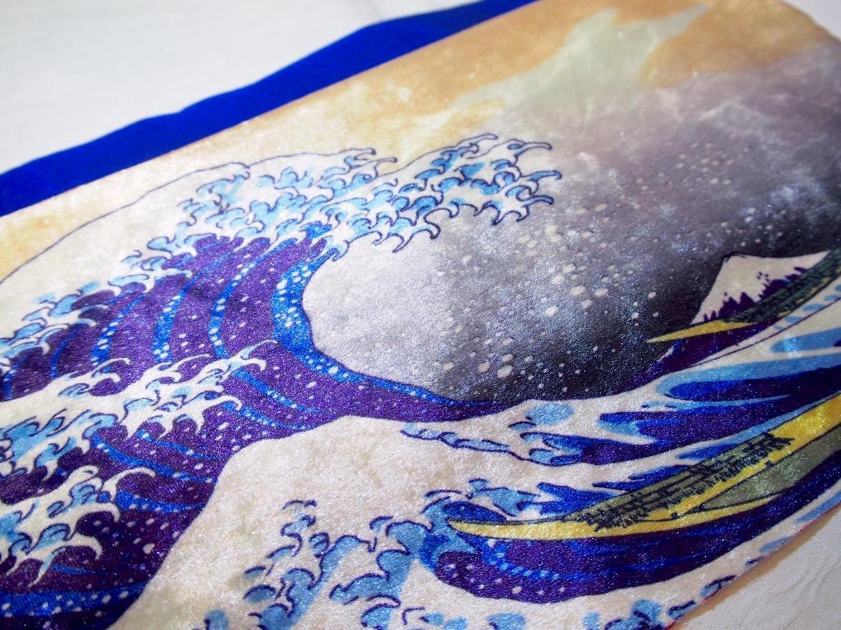 好きなデザインの布を制作します 独自の最先端プリンターでどんなデザインの布でも作成可能!