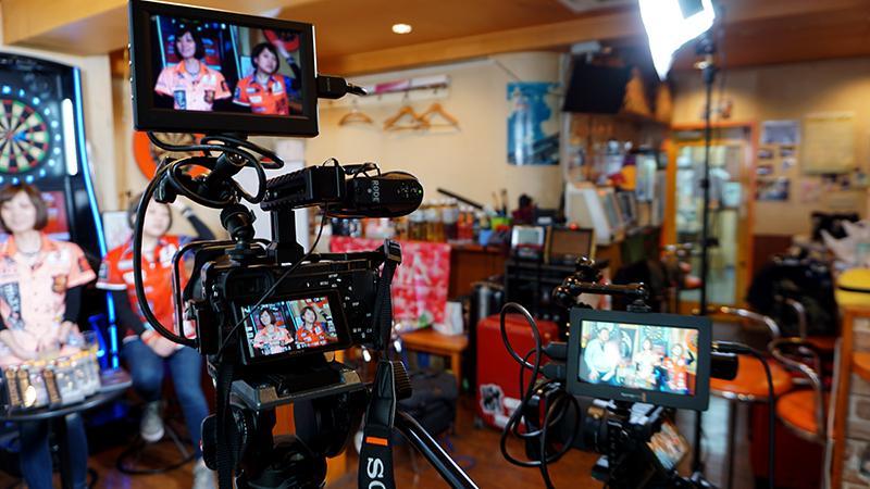 東京でのインタビューのビデオ撮影を代行いたします 本格的な撮影でお客様に代わって撮影いたします。