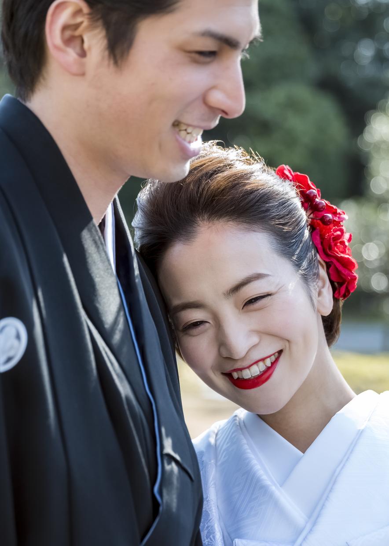 結婚式写真をフォトムービーにします 美しい瞬間、素敵な思い出、時めく思いをムービーにしませんか?