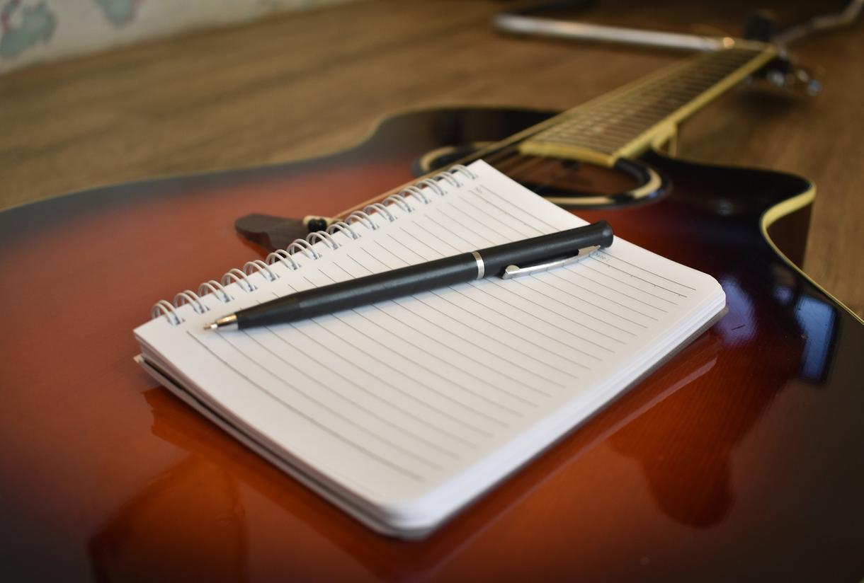 フルコーラスOK!楽曲の作詞お手伝いします 曲はあるけど歌詞が決まらない・・という方へ