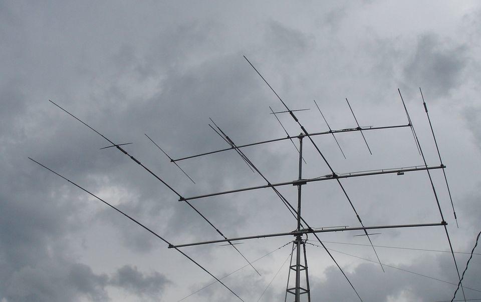 アマチュア無線を始めるアドバイスします 第一級アマチュア無線技士が開局の相談を受けます。 イメージ1