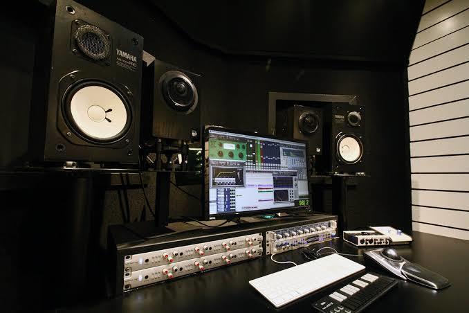 曲のミックス、マスタリングします 低コストでスタジオレベルのミックス、マスタリングをします!