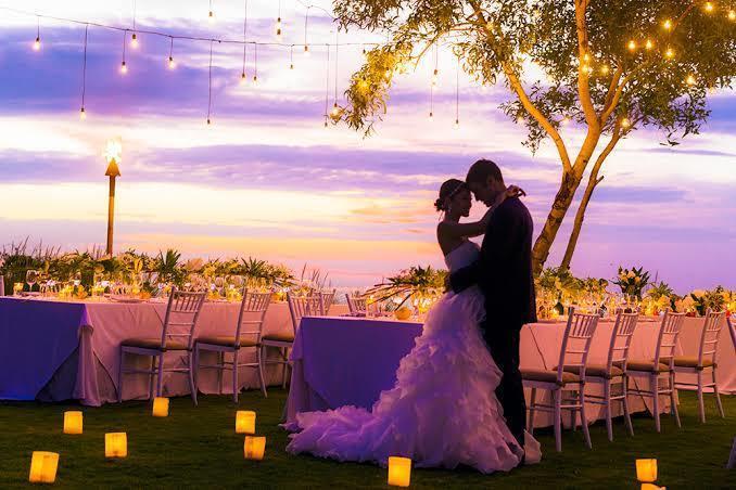 結婚式での生い立ちムービー等を作成します 期限が迫ってる方や内容にこだわりたい方何でもご相談ください イメージ1