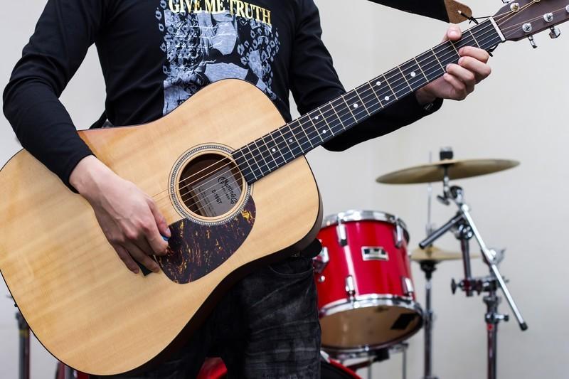 保育士が初心者向けのオンラインギターレッスンします 楽しくギターを弾きたいあなたへ!