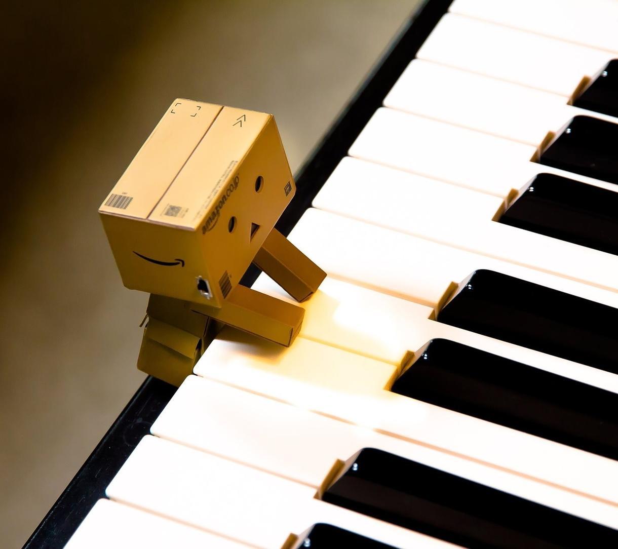 エントリー向け☆作詞作曲編曲♪いたします 【サンプル充実!】歌モノはお任せ!あなただけの感動の一曲を☆