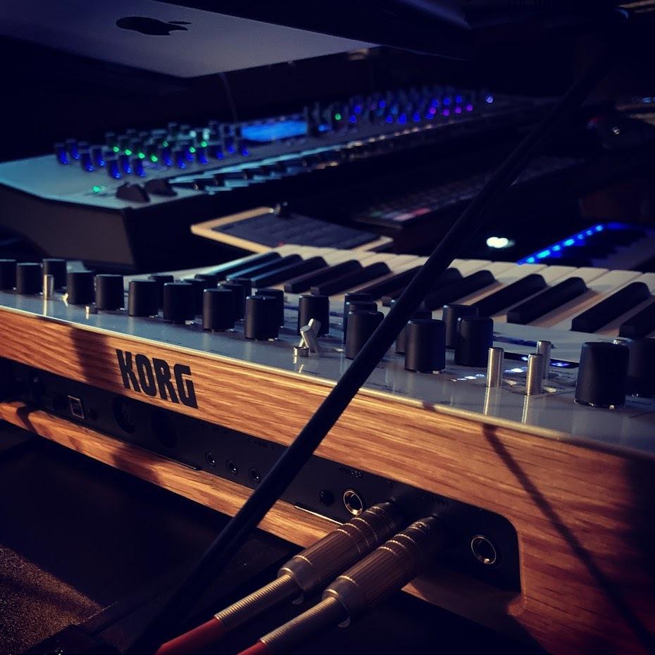 DTM・シンセサイザーの使い方を教えます 元楽器メーカー勤務。シンセサイザーの音創りを極めましょう! イメージ1