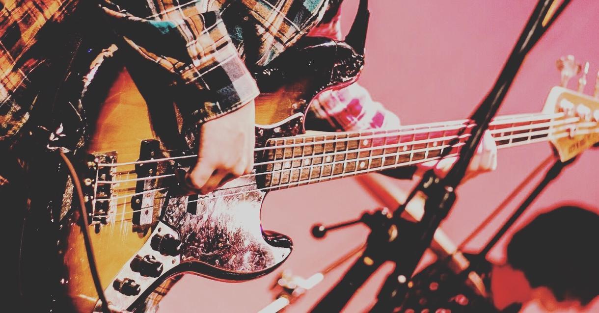 早期納期可能!ベースを弾かせて頂きます あなたの楽曲に生音の迫力あるベースラインを!