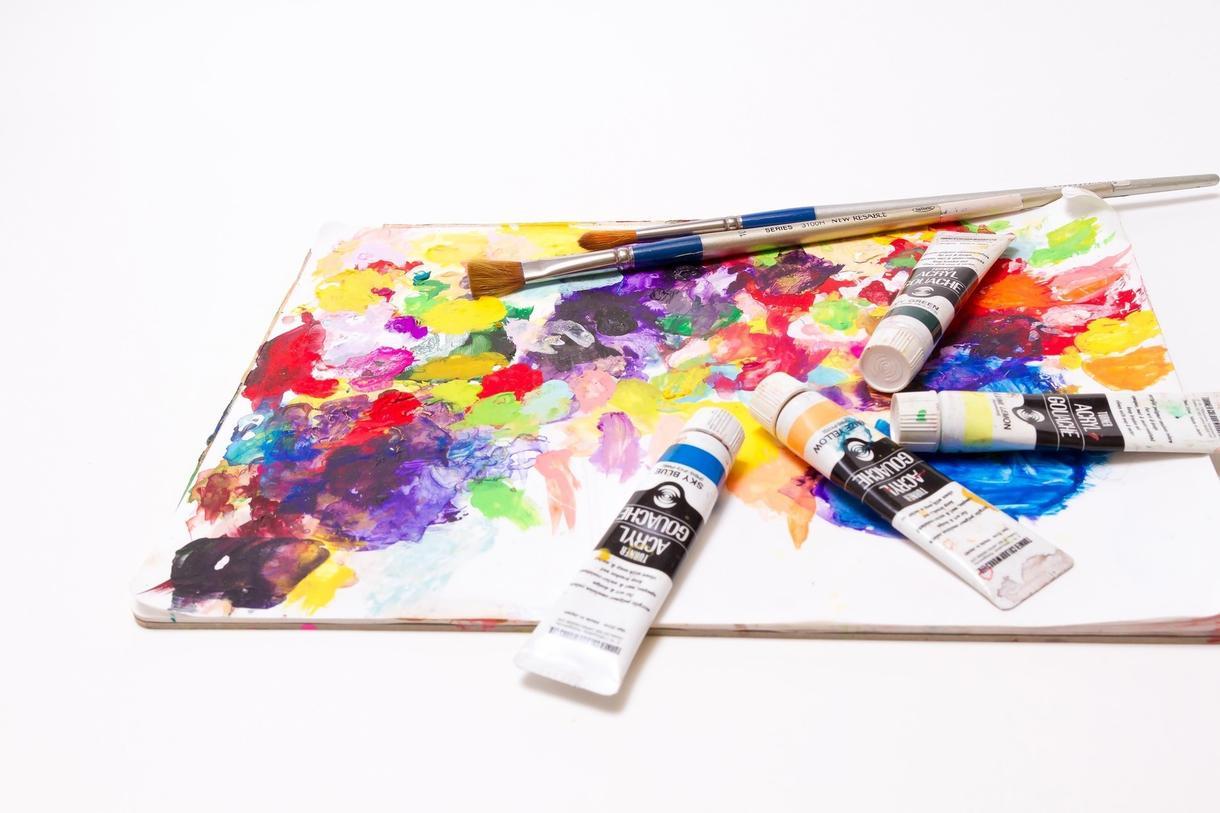 色についてどんな疑問や悩みでも解決します カラーコーディネーター一級のプロが確かな知識でお答えします!