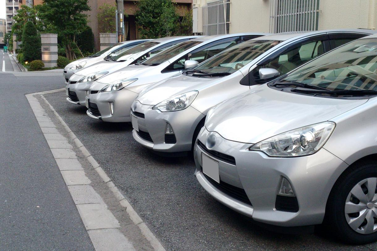 中古車の相場情報を提供します 適正価格を見極めてお安く車を手に入れましょう
