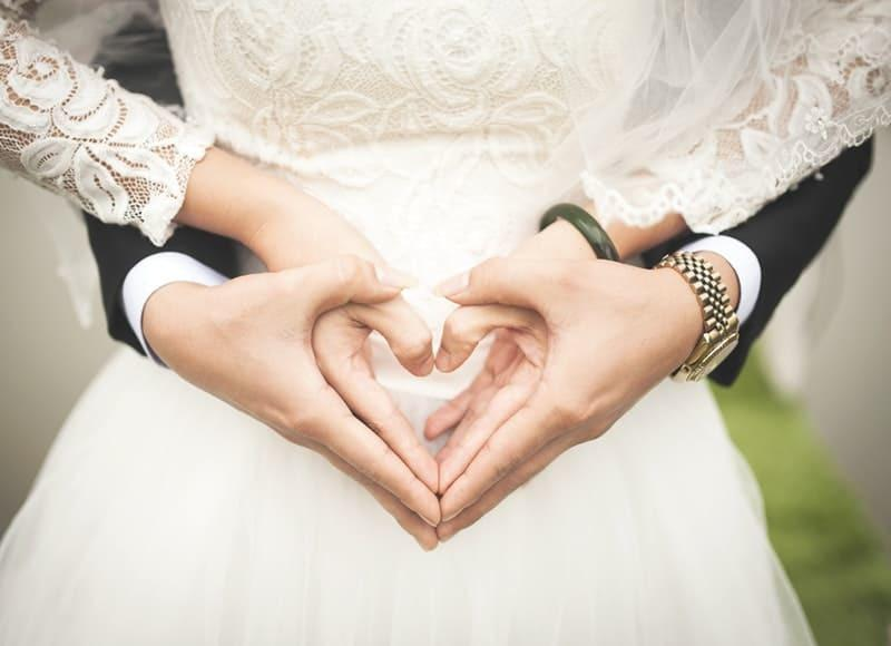 訴求力の高い恋愛・婚活系のLP制作します 婚活のプロが購買意欲をそそるLPを制作し売上に直結させます イメージ1
