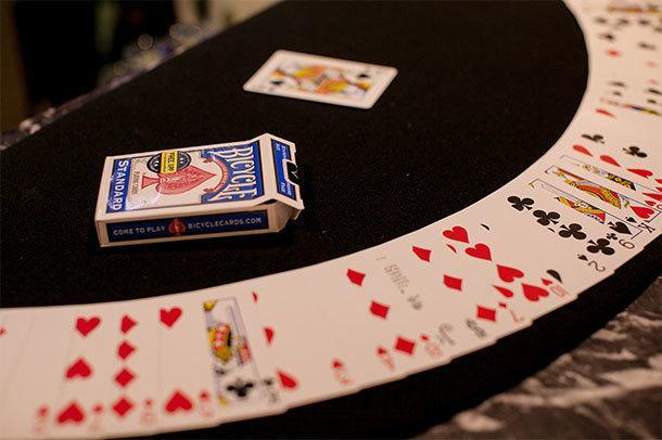 カードマジックの有名・傑作ネタ伝授いたします 現役セミプロマジシャンによるカードマジック講座!