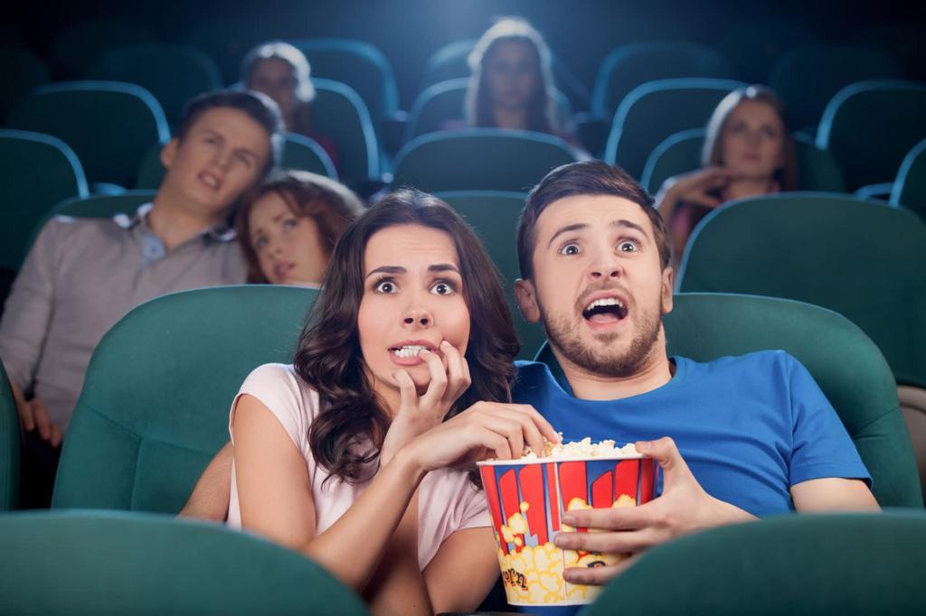映画が1000円で見れる!映画館のお得情報教えます いつでも観れる!もう映画に1800円も払う必要はありません!