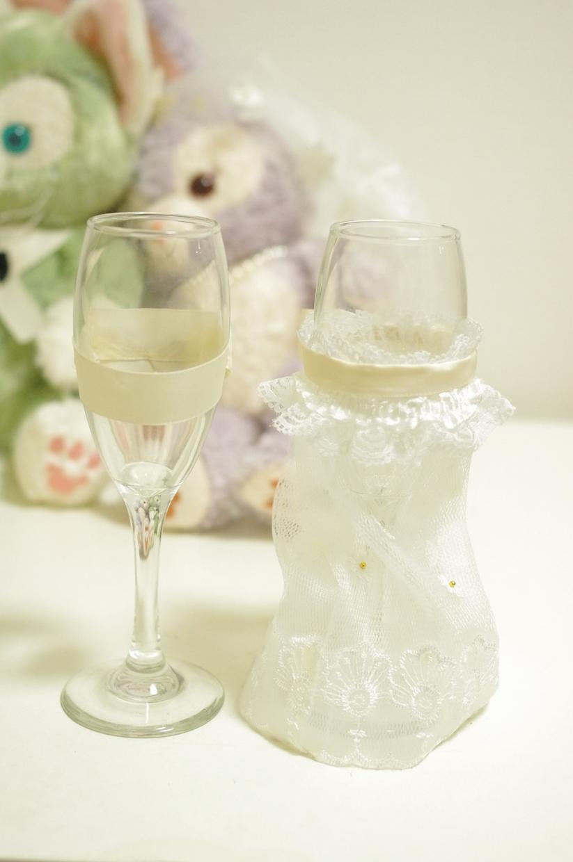 結婚式の乾杯グラス作ります ご要望、思い出、ドレスなど教えていただければ作成致します。