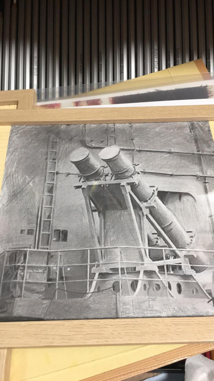 ペット、艦、 SH-60Kなどリアル系描きます ペットや主に海自関係を小さな絵、描いてます
