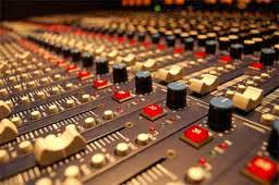 ボーカルの音質・音量補正(EQ・オートメーション・コンプ)、空間系(リバーブ・ディレイ)処理します イメージ1