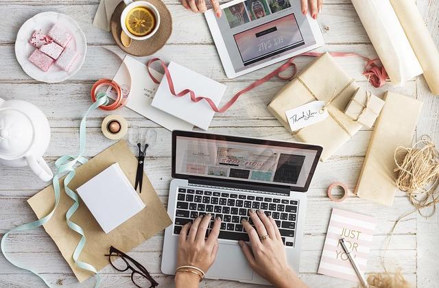 限定1名!楽しく更新「活きるwebサイト」作ります デザイン性と、ラクで楽しいサイト運用を両立。SEO対策も設定