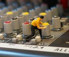 作編曲家が歌ってみた等のボーカルMIXを承ります ピッチ&タイミング修正、特殊エフェクトも込み/エンコード有り
