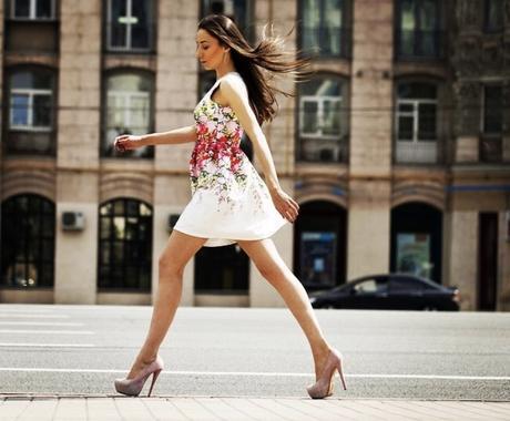 誰でもできる美しい歩き方教えます 美しい歩き方であなたの第一印象をレベルアップ!! イメージ1