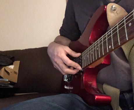 ギターの弾き語りを3回のビデオチャットで指導します 初心者でも2週間以内で好きな曲を弾き語り出来ます イメージ1