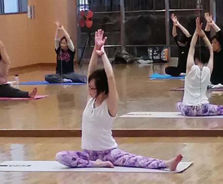 自宅でできる肩コリ・腰痛解消ストレッチを提供します 姿勢チェック付きパーソナルレッスン!安心の個別メニュー対応‼ イメージ1