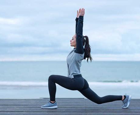 腰痛に悩んでいませんか?アドバイスします 1日の隙間時間に簡単なストレッチとトレーニング イメージ1