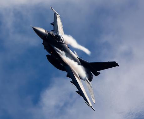 航空自衛隊のパイロットになる夢をサポートします 就職、訓練相談をテキスト形式でお答えいたします イメージ1