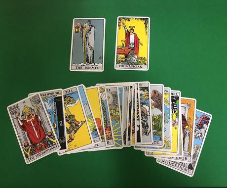 2枚のカードで分かりやすく占います 20代男性占い師によるタロット イメージ1